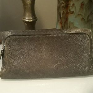 Latico trifold wallet